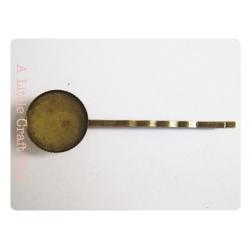 1 barrette à cabochon - bronze