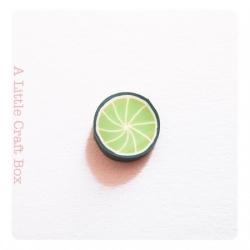 """30 tranches de """"citron vert"""" en pâte polymère"""