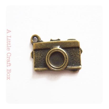"""2 breloques """"appareil photo"""" - bronze"""