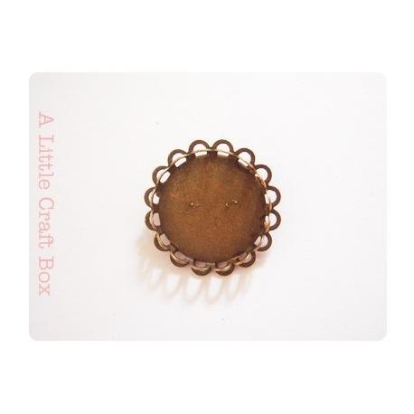 1 broche avec estampe à dentelle - bronze