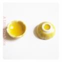 1 petit bol  en céramique - jaune