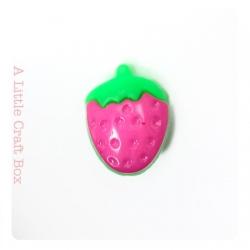"""1 bouton """"fraise"""" - fushia"""