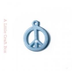"5 breloques "" peace and love "" - bleu clair"
