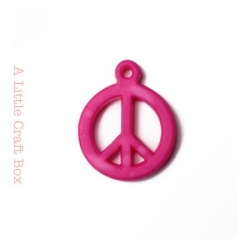 "5 breloques "" peace and love "" - fushia"