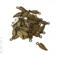 [ GROS LOT ] 50 breloque Feuille fine  coloris bronze
