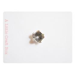 """5 perles  """"fleur"""" - argent vieilli"""