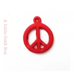 """5 breloques """" peace and love """" - rouge"""