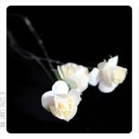 3 appliques Mini Rose en papier -  blanc