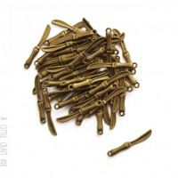 [ GROS LOT ] 45  breloques  Petite couteau - bronze